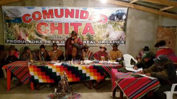Uyuni se aísla del resto del país por 48 horas pidiendo dimisión