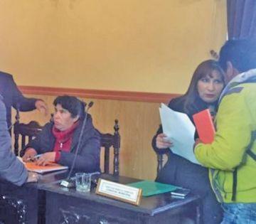 Ximena Prieto pide su reincorporación como concejala munícipe