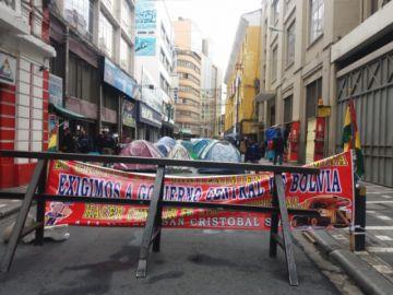 Mineros de San Cristóbal inician piquete de huelga de hambre