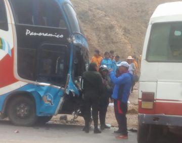 Choque en camino Potosí-Sucre causa heridas en tres personas