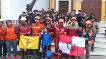 Llegaron los 44 voluntarios del SAR desde la Chiquitania