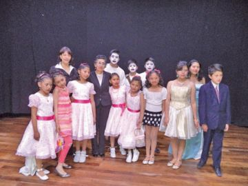 Centro artístico ofreció recital poético musical