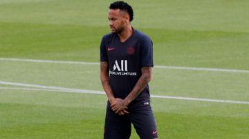 Neymar empieza con la operación reconquista de la hinchada del París Saint-Germain