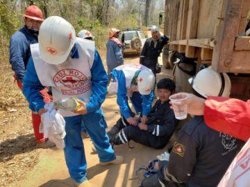 Los voluntarios de la Cruz Roja Boliviana de Potosí siguen en la Chiquitania