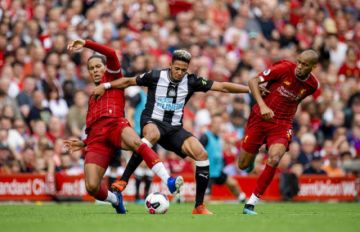 Liverpool vence a Newcastle en la Premier League