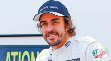 Alonso prosigue su preparación para el rali Dakar en Catar