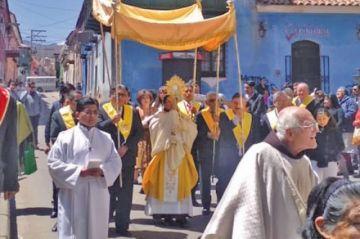 """El """"Corpus Chico"""" se desarrolló con mucha fe en Potosí"""