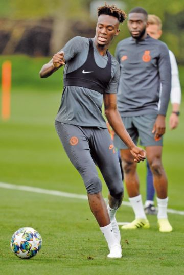 Valencia se mide al Chelsea en su estreno
