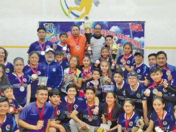 Potosí logró ocho medallas en el torneo nacional de Squash
