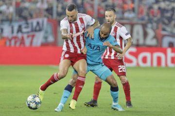 Tottenham deja escapar la victoria en Grecia