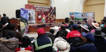 Estudiantes del área dispersa participan en concurso de poesía en contra de la violencia