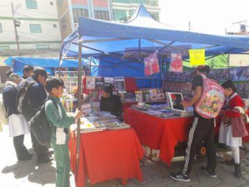 Llallagua vive su feria del libro con 40 expositores