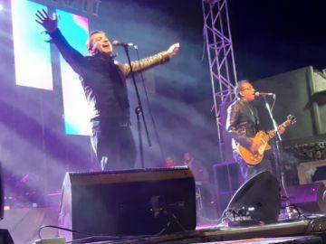 Octavia calentó la noche  de rock de la VI Fedetur