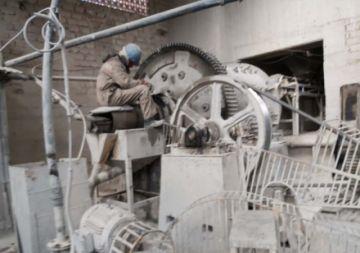 Buscan mercados para frenar las dificultades que sufre la minería