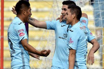 Bolívar gana y se mantiene en la cima del Clausura
