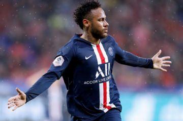 Neymar da el triunfo al Paris Saint-Germain en su visita a Lyon