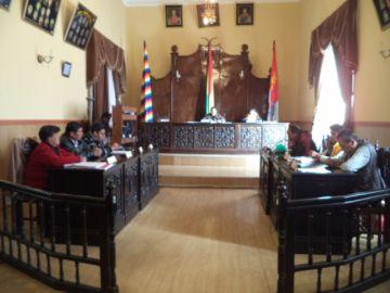 Concejo nuevamente suspende la sesión por falta de cuórum