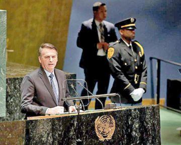 """Bolsonaro pide """"respeto"""" a soberanía en Amazonía"""