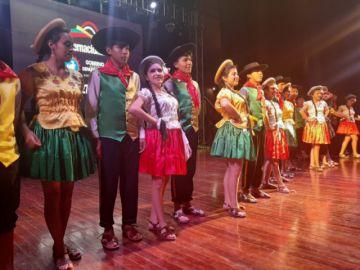 Un encuentro reúne a 150 danzarines en escenario