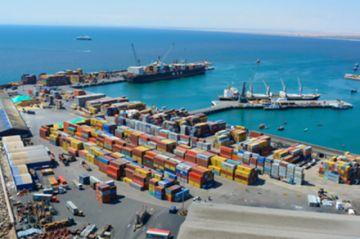 El Puerto de Arica ofrece descuento tarifario, pero Bolivia no firma acuerdo