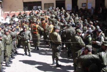 Comunarios de Macha toman 5 rehenes por conflicto de límites