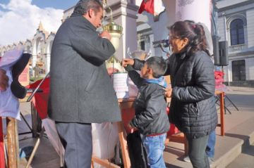 Pichincha recauda fondos para viajar