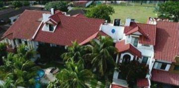 Disponen uso de dos casas de Pedro Montenegro Paz