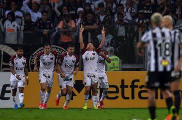 Colón pasa a la final de la Copa