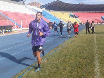 Suárez recupera a Domínguez para el partido de hoy
