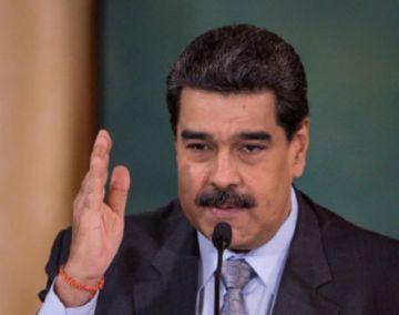 Maduro se mofa de sanciones de la UE