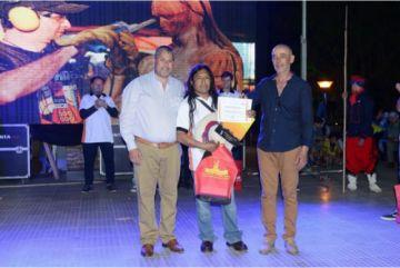 Potosino gana en Bienal  de escultura en Argentina
