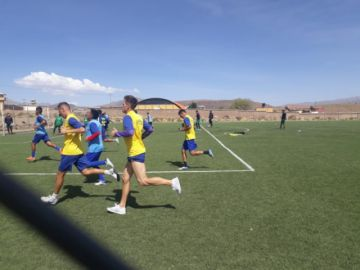 Real Potosí entrena en Cantumarca