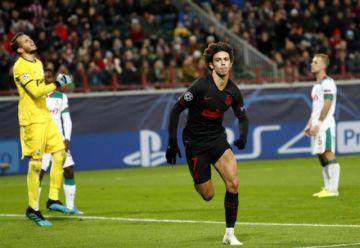 Atlético de Madrid vence al equipo de Lokomotiv Moscú