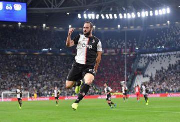 Juventus golea a Bayer Leverkusen en la segunda jornada de la Liga de Campeones