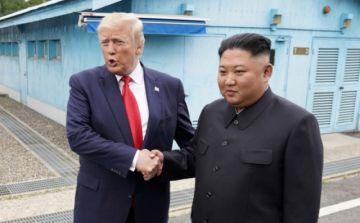 Corea del Norte ensaya varios misiles balísticos