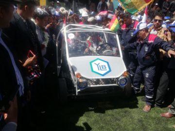 Evo entrega Centro Tecnológico  del Litio y lució un auto eléctrico