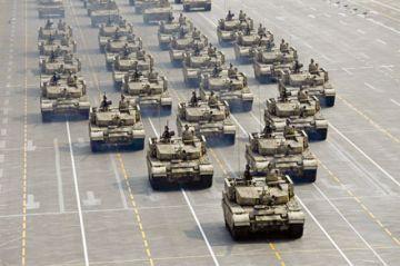 China exhibe su enorme poderío militar