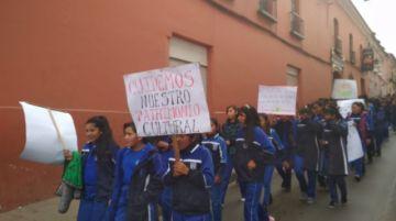 Estudiantes piden cuidar el medioambiente