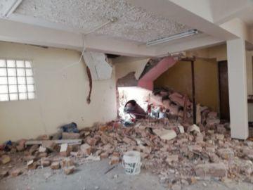 Garrafa explota y causa destrucción parcial de una casa