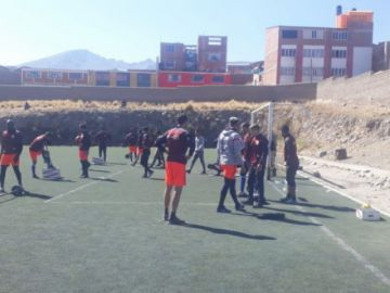 Nacional Potosí entrena con miras a enfrentar a Blooming