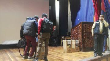 Recuentan votos en claustro para vicerrector