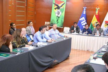 Clubes cruceños están disconformes de la reunión con la Federación Boliviana de Fútbol