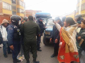 Vecinos anuncian gestión para  evitar vendedores en la Sevilla