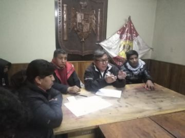Cívicos acudirán a reunión con el gobierno pero también radicalizarán presiones