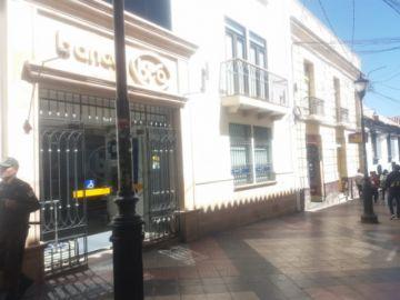 Entidades financieras en el centro de la ciudad desarrollan su trabajo con normalidad