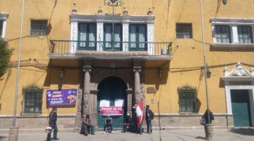 La Alcaldía y la Gobernación están con puertas cerradas