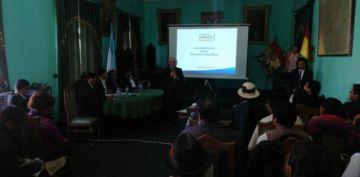 Gobierno explica en Uyuni su propuesta para industrializar el litio