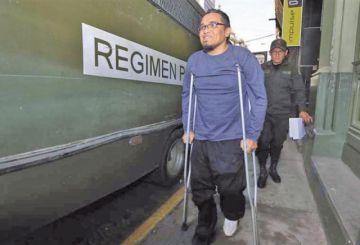 Autorizan amputación de la pierna derecha del abogado torturador