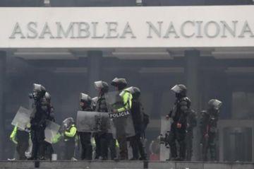 "El ""Toque de queda"" dificulta el diálogo sobre la crisis de Ecuador"