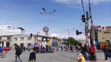 Potosí inicia la semana con bloqueos de calles